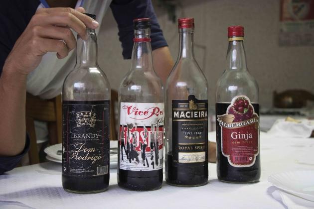 Besplatno vino u restoranu u Portugaliji